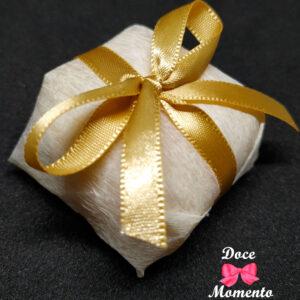 bem-casado-champanhe-dourado-doce-momento